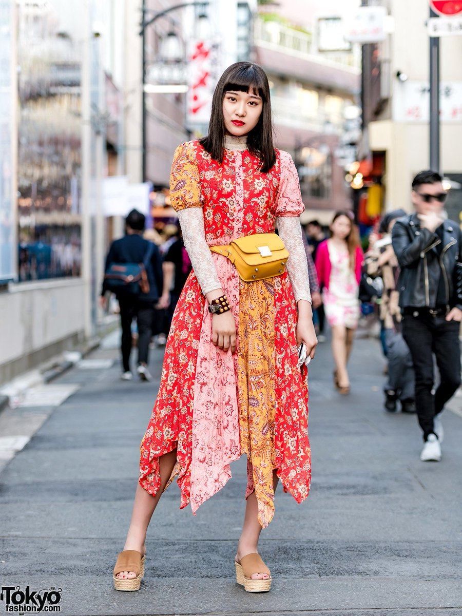 d7e594882bb ... waist bag   a cuff bracelet  原宿  http   tokyofashion.com japanese-model-actress-harajuku-w-floral-dress-toga-suede-wedges   …pic.twitter.com 7EJw1KcNSi