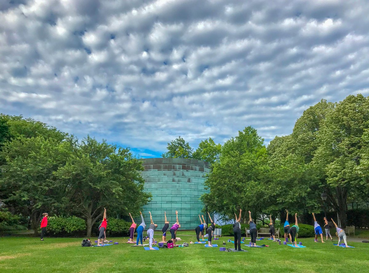 What better way to celebrate the #SummerSolstice and #InternationalYogaDay than with a morning practice outside? ☀️ #LifeatHBS