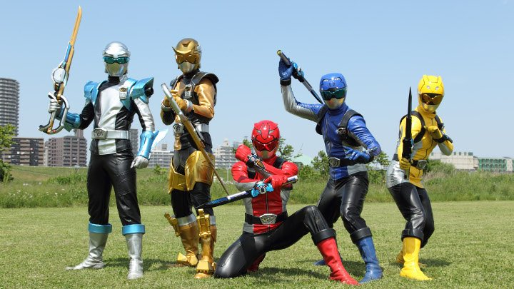 Power Rangers is an American entertainment and merchandising franchise built around a liveaction superhero television series based on the Japanese tokusatsu