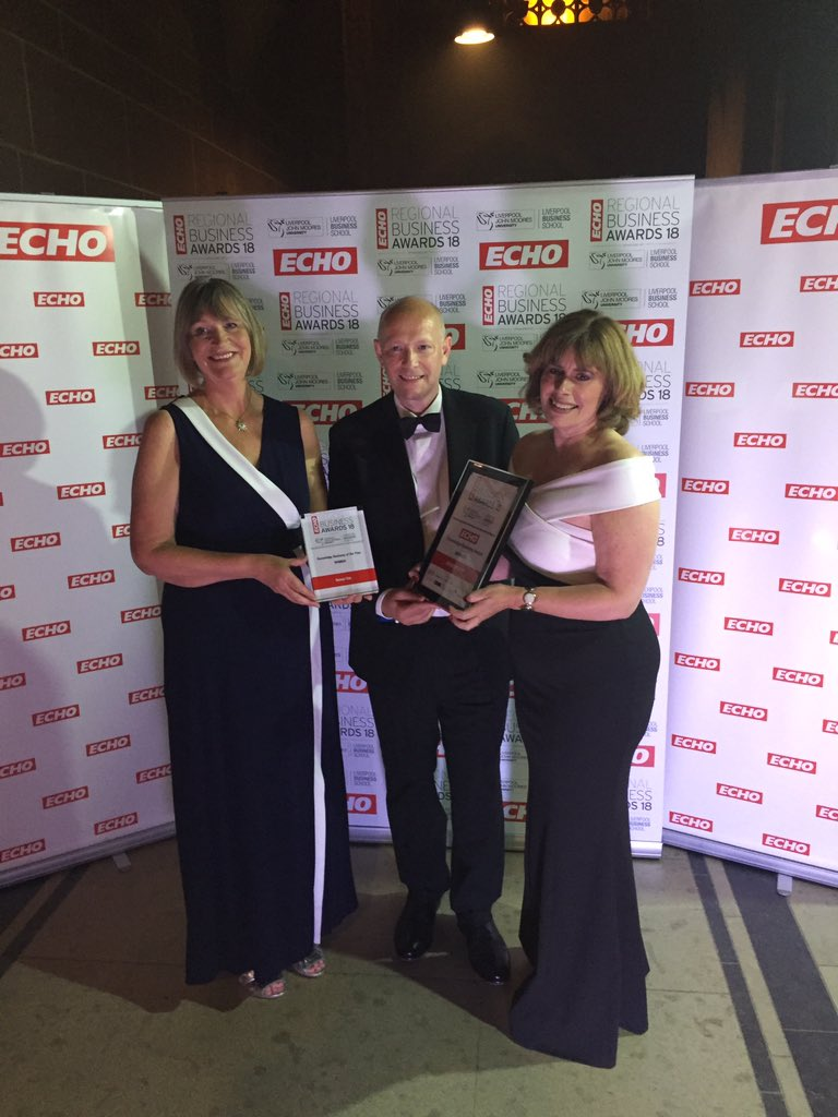 Winner of the @LivEchonews Knowledge Business Award is..... Sensor City @SensorCityUK #RBA18<br>http://pic.twitter.com/MQSmxBvF1l