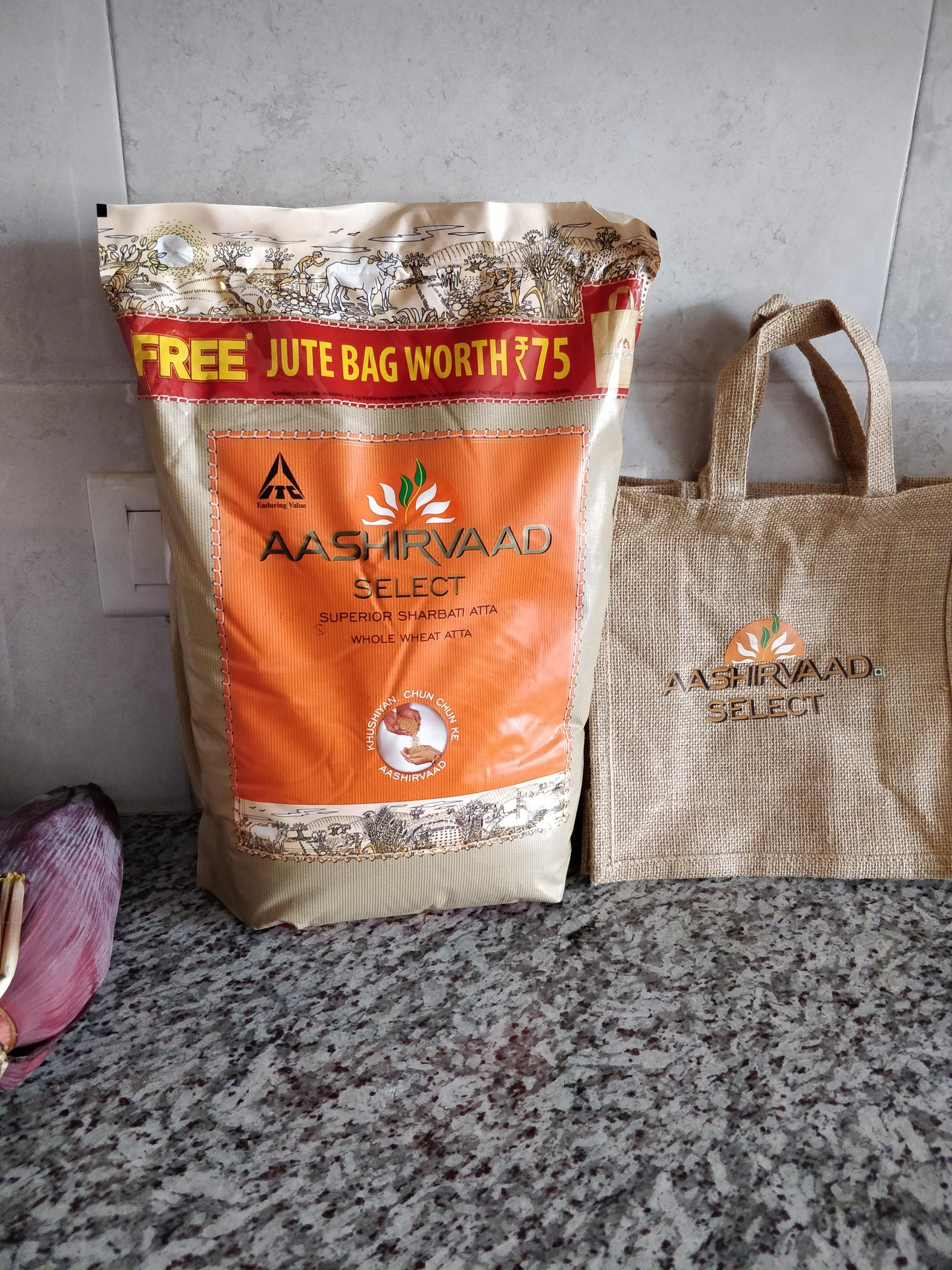 Karthik On Twitter We Didn T Aashirvaad Atta For This Free Jute Bag But Couldn Help Notice How Tiny It Is Not Even The Size Of Pack Too