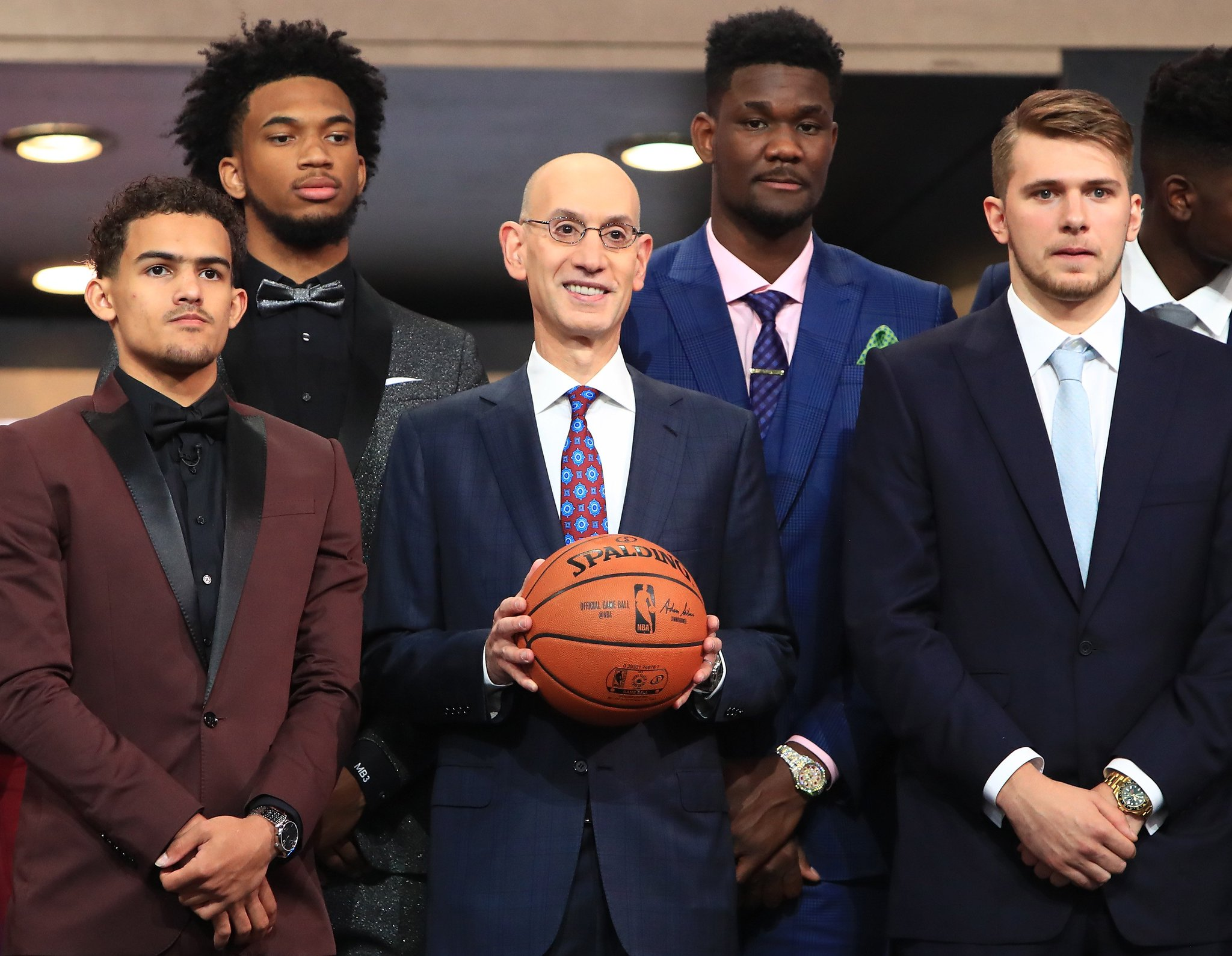 Here's how the first round of the NBA Draft went down: https://t.co/42XSX09XS8 https://t.co/wqozqDT6Kr