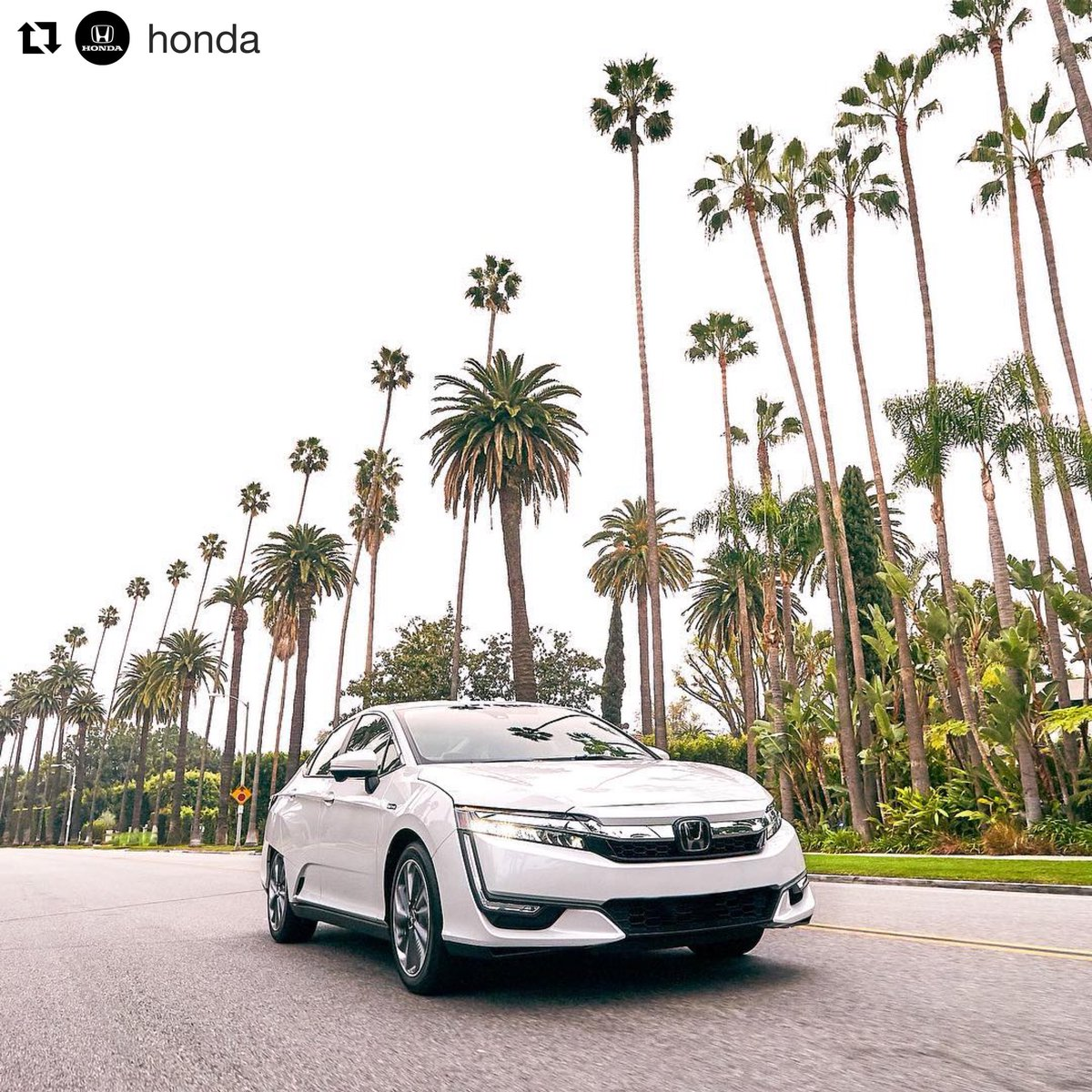 It Runs On Electric And Has Gas For Longer Trips Honda Clarity Pluginhybrid Summer Summervibespictwitter OS2MUUcwir