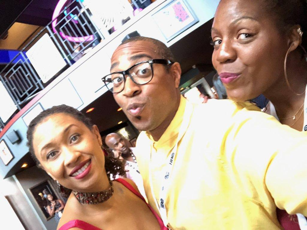 I can confidently say @LeighannLord is a VeryFunnyLady! #ABFF #tbt #nationalselfieday