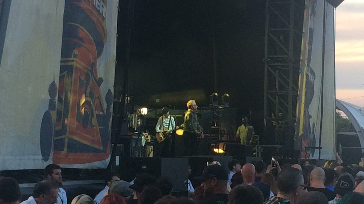 Now the hit Float from @FloggingMolly at Phillys @festivalpier,