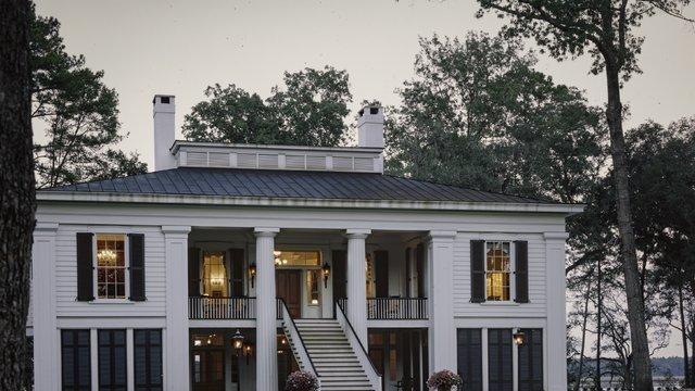 Dream House of the Week: Ben Affleck's Georgia mansion https://t.co/peCMfECYkT