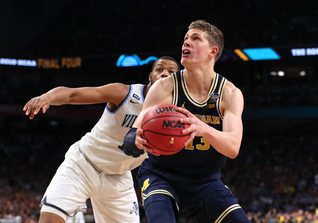 Lakers go European for draft with selection of Michigan's Moe Wagner, 2 others dlvr.it/QY6mTx