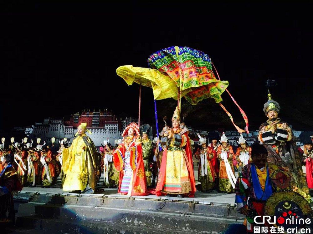 I residenti di #Lhasa contribuiscono ad aumentare il #reddito dei giocatori di #opera #cultura  - Ukustom
