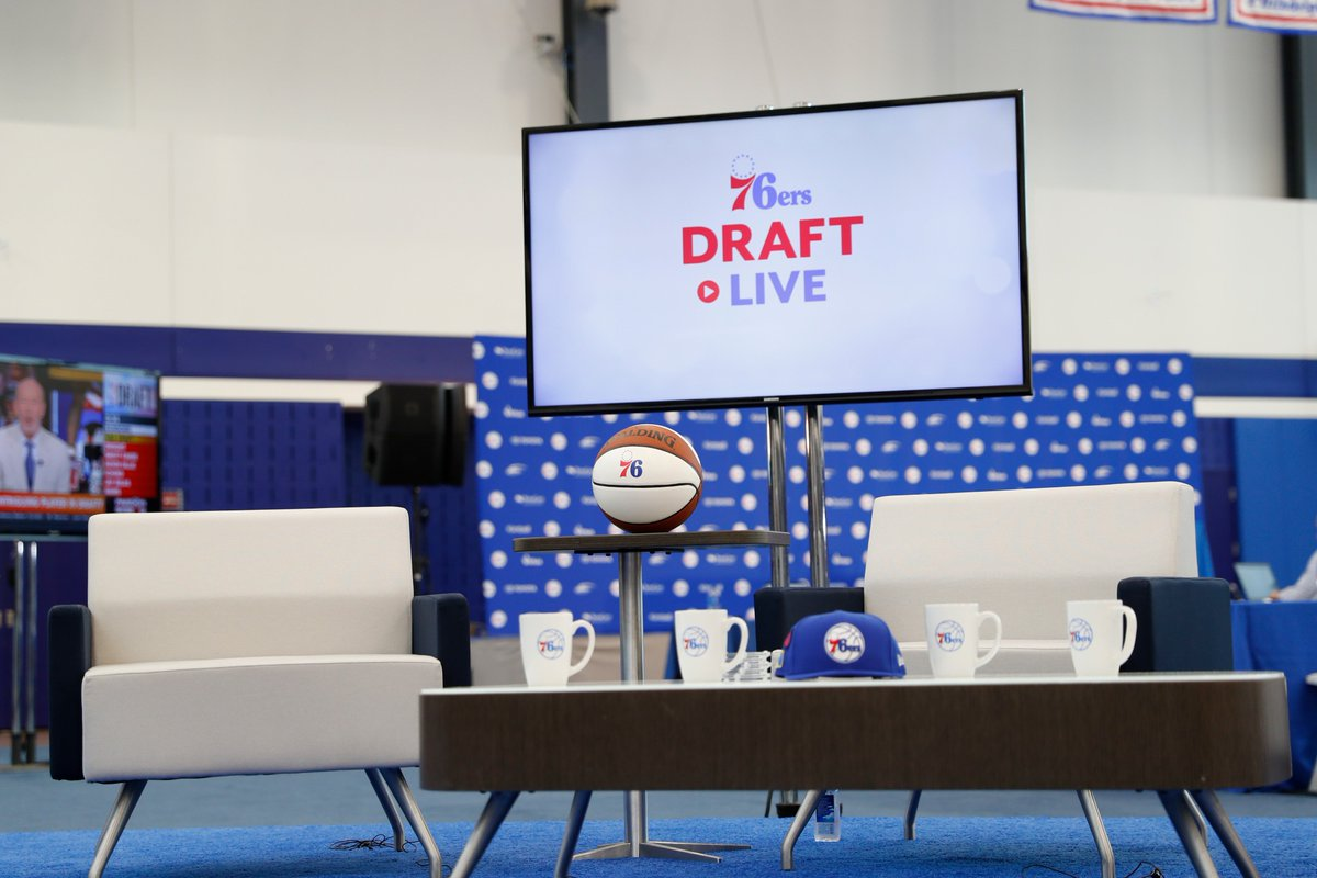 Special Draft Live thanks: @Coach_Donahue @Pilla_Talk @McGinnisThomas @JCameratoNBCS @chrisheck76 @RyanKoletty @ATalasnik @ninaraspa @snacksnolen @charliewiddoes @TrevorGaffney_ @maggiezerbe @ryandisdier @alexsubers @DaveSholler @ZackNeiner PRees and everyone who watched!