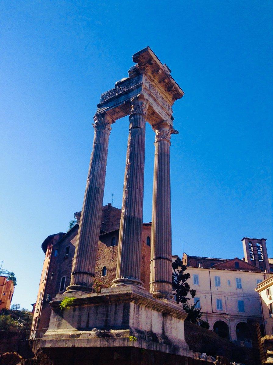 #Roma #romeIsUs #22maggio  VENERDÌ                 BUONGIORNO,  R O M A   - Ukustom