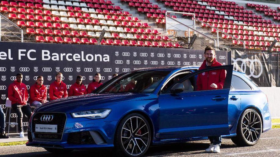 Koleksi Mobil Lionel Messi Senilai Rp 50 Miliar https://t.co/1IxXMb3nbD via @detikoto https://t.co/NQ37ovXlmi