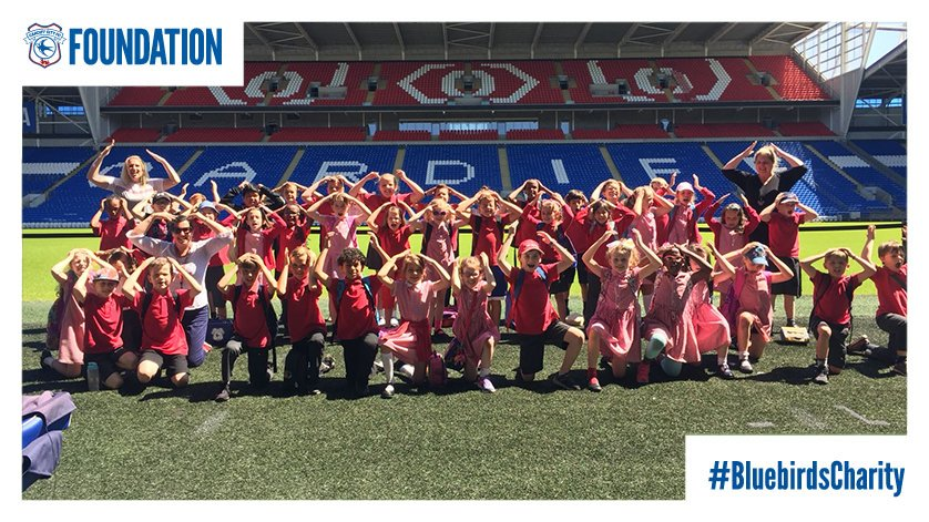 The ayotollah is out in full force!🙆♀️🙆♂️ Weve had pupils from Fairfield Primary School at @CardiffCityStad for a tour today🏟️ #BluebirdsCharity #OurClubChangesLives
