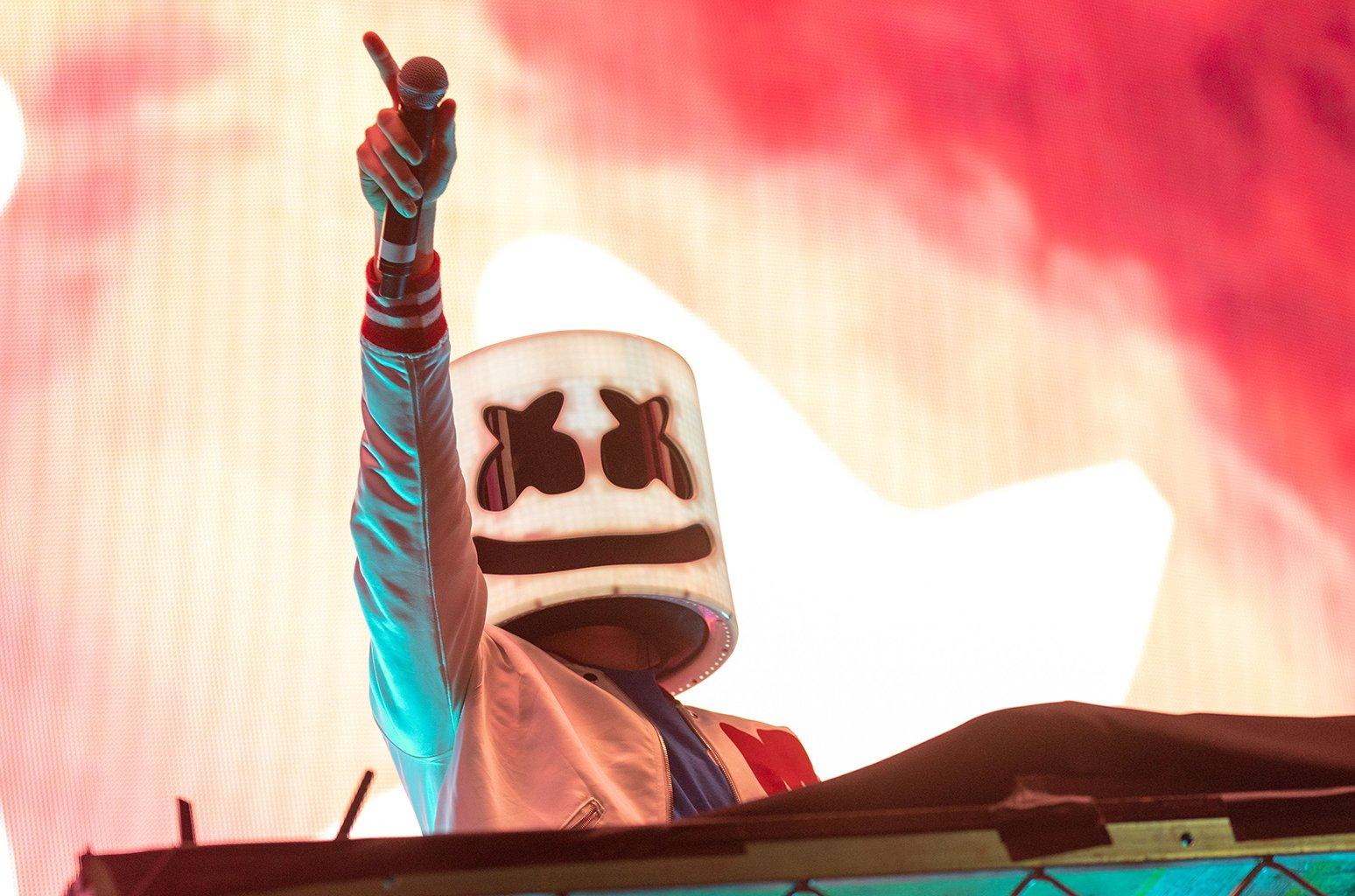 Marshmello's 'Joytime II' has arrived https://t.co/2fIQjSTYym https://t.co/JUZ0pUSPhN