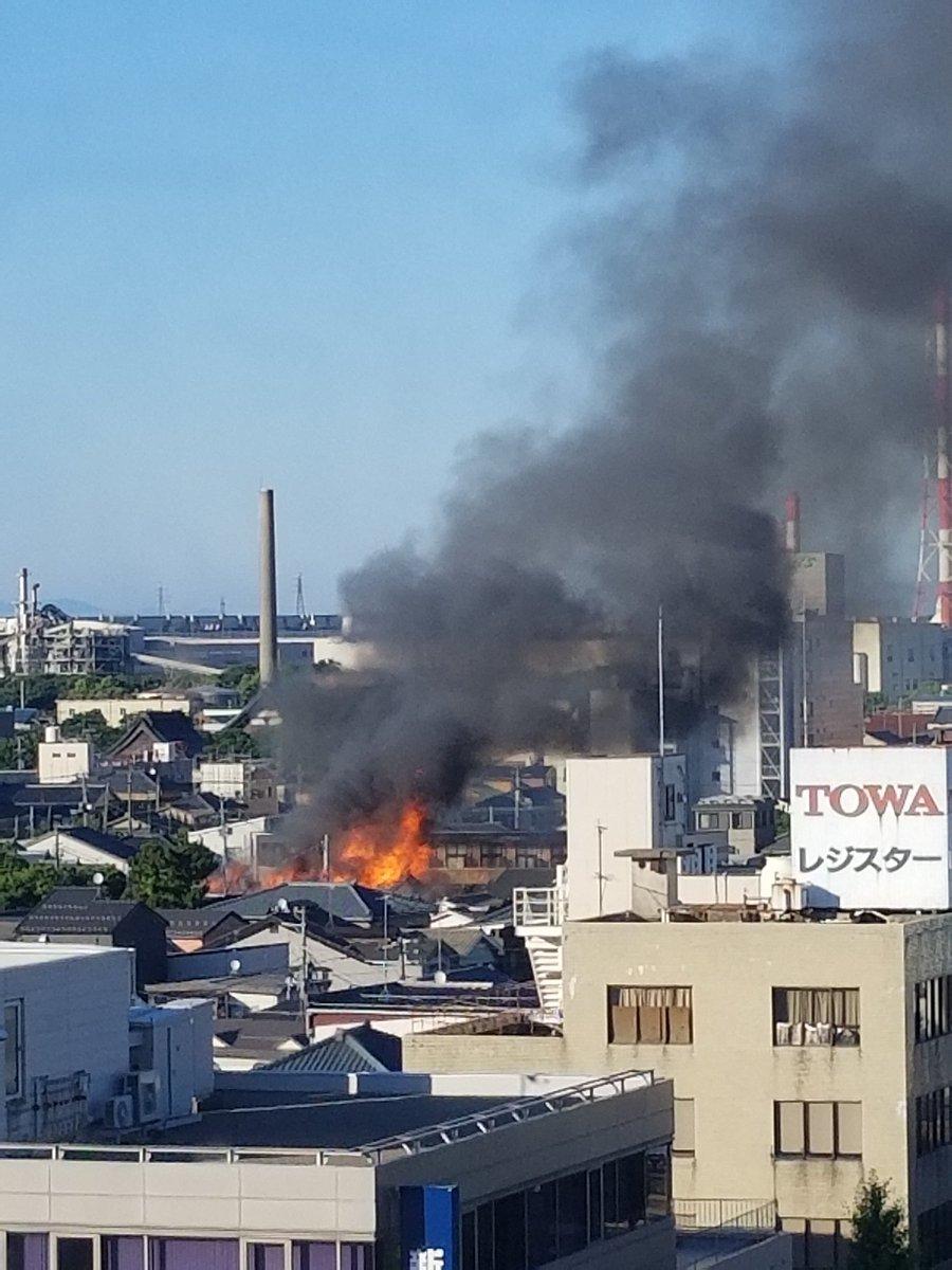 新潟市中央区蒲原で住宅火災の現場画像