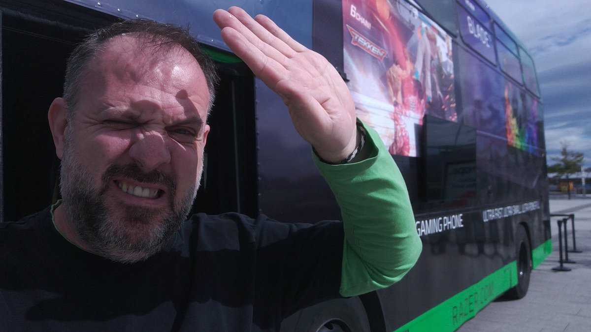 Whit th hell? Whin did Glescae become this sunny? If yer meltin in this waither, come an chill oan the #RazerBus n speil some games oan the newest @Razer Blade laptops n Razer Phane here at Braehead Shopping Centre. Tis free!