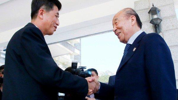 Las dos Coreas organizaron un encuentro de familias separadas por la guerra https://t.co/pYetUnIyPg