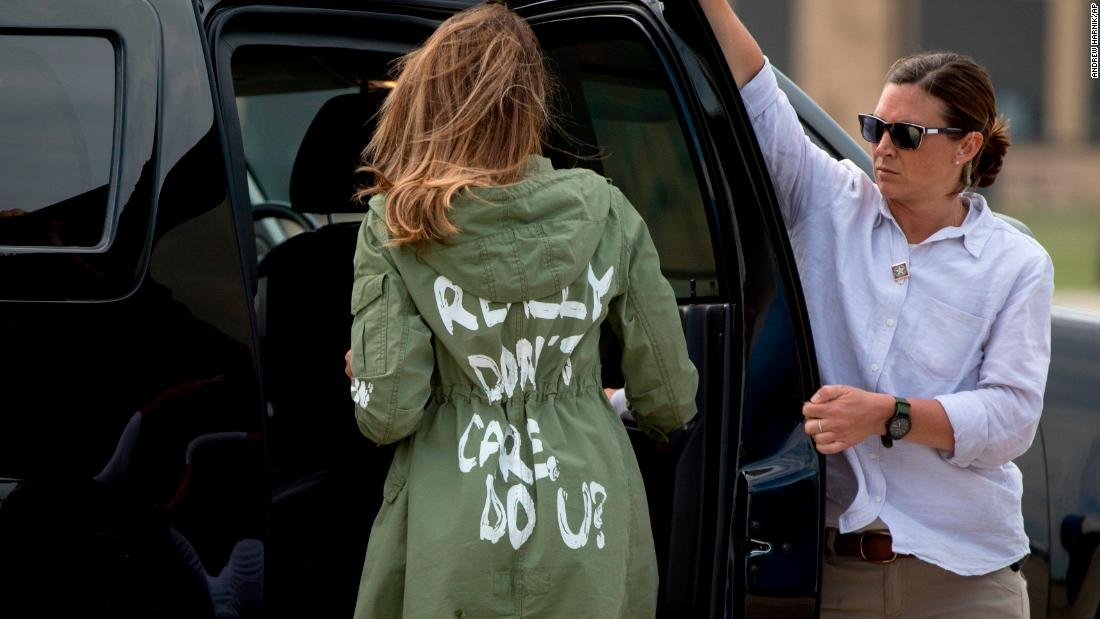 Melania, that jacket! | By CNN's Carol Costello via @CNNOpinion https://t.co/WnUxLcXYUz https://t.co/jXFuunRjh2