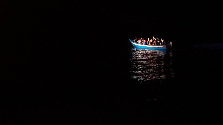 Vor Libyen: Mehr als 200 Flüchtlinge im Mittelmeer ertrunken https://t.co/lMOI93Zn01
