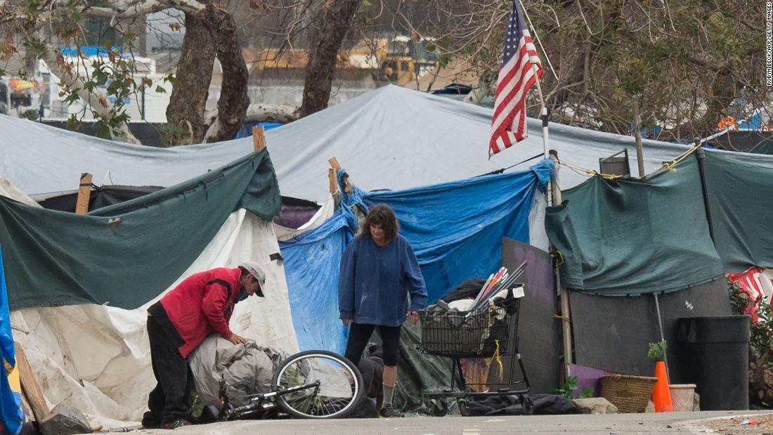 America's poor becoming more destitute under Trump, UN report says https://t.co/y006zAaF2R https://t.co/EYDL1f0HnQ