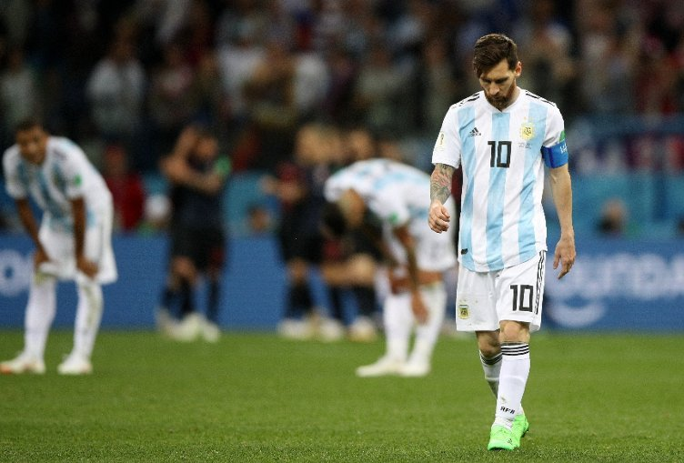 Argentina coach Jorge Sampaoli: Cristiano Ronaldo has the team to help him - Lionel Messi doesnt