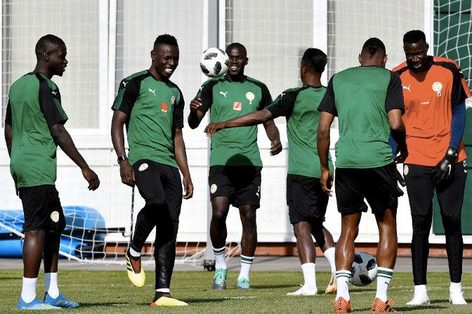 Senegal World Cup squad reject Lord Sugar apology for 'racist' tweet - and want him sacked from BBC https://t.co/nGULTFovGF