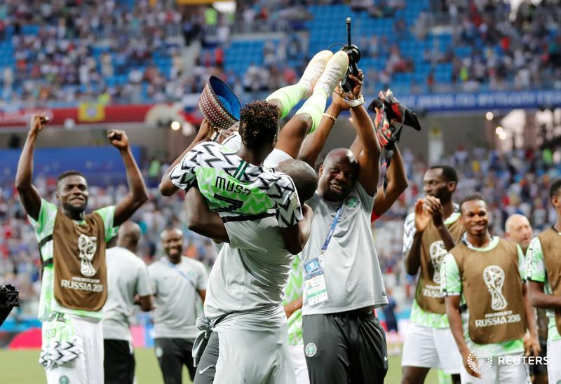 Nigeria celebrates 2-0 victory over Iceland. #WorldCup https://t.co/jyEZM0gd3y