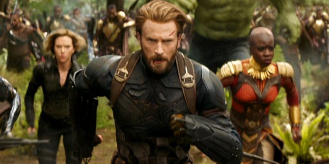 Chris Evans wished Chris Pratt a happy birthday in the most hilarious way -