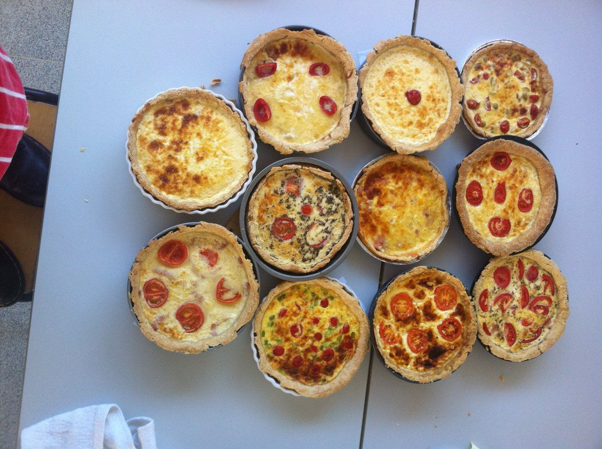 Our Y9 Parents are in for a tasty treat this evening. #futurechefs <br>http://pic.twitter.com/EVvURveUlu