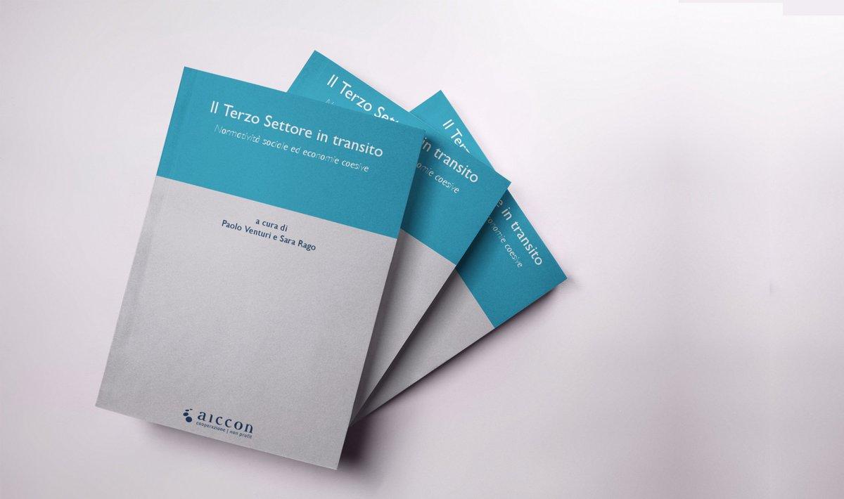 """Finalmente online il volume """"Il #Terzosettore in transito. Normatività sociale ed economie coesive"""" che raccoglie tutte le relazioni delle #gdb2017.Scarica subito la tua copia! http://bit.ly/atti-gdb2017  - Ukustom"""