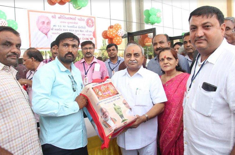 નાયબ મુખ્યમંત્રી નીતિન પટેલનો જન્મદિવસ, મહેસાણામાં ધાર્મિક, સામાજીક અને આરોગ્ય વિષયક કાર્યક્રમો યોજાયા