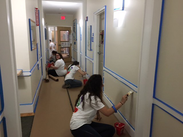 Amazing job by the employees from @adamsmedia who recently volunteered their time to paint the walls inside Jack&#39;s Place, our housing property for formerly homeless residents, including veterans, in #Brockton. @simonschuster #SimonGivesBack #helpfbms #volunteer<br>http://pic.twitter.com/Iceo5K0jzP
