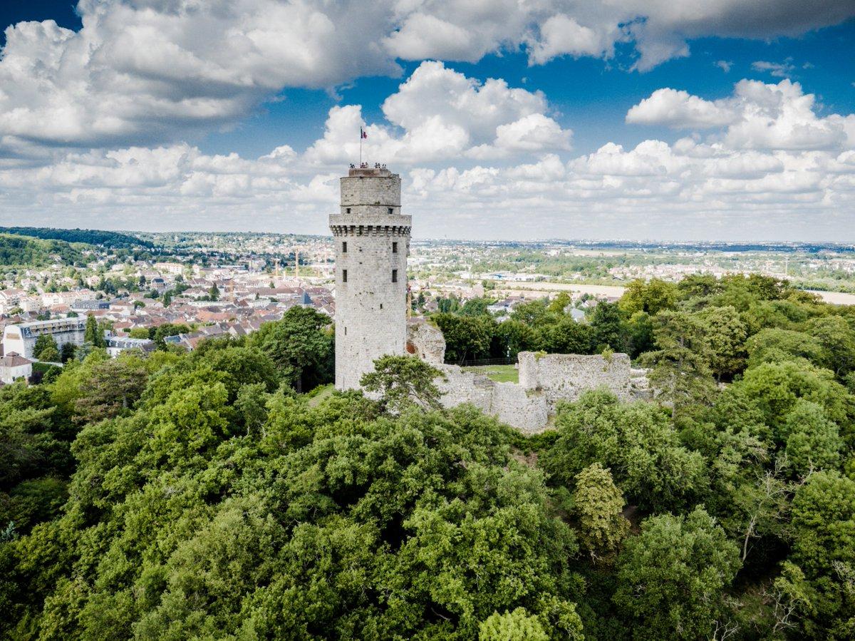 Et si vous profitiez de ce weekend pour visiter la Tour de #Montlhéry, un des joyaux du patrimoine de #ParisSaclay ? ➡️ parissaclay.co/2tv7nEf https://t.co/uhErfhYWJf