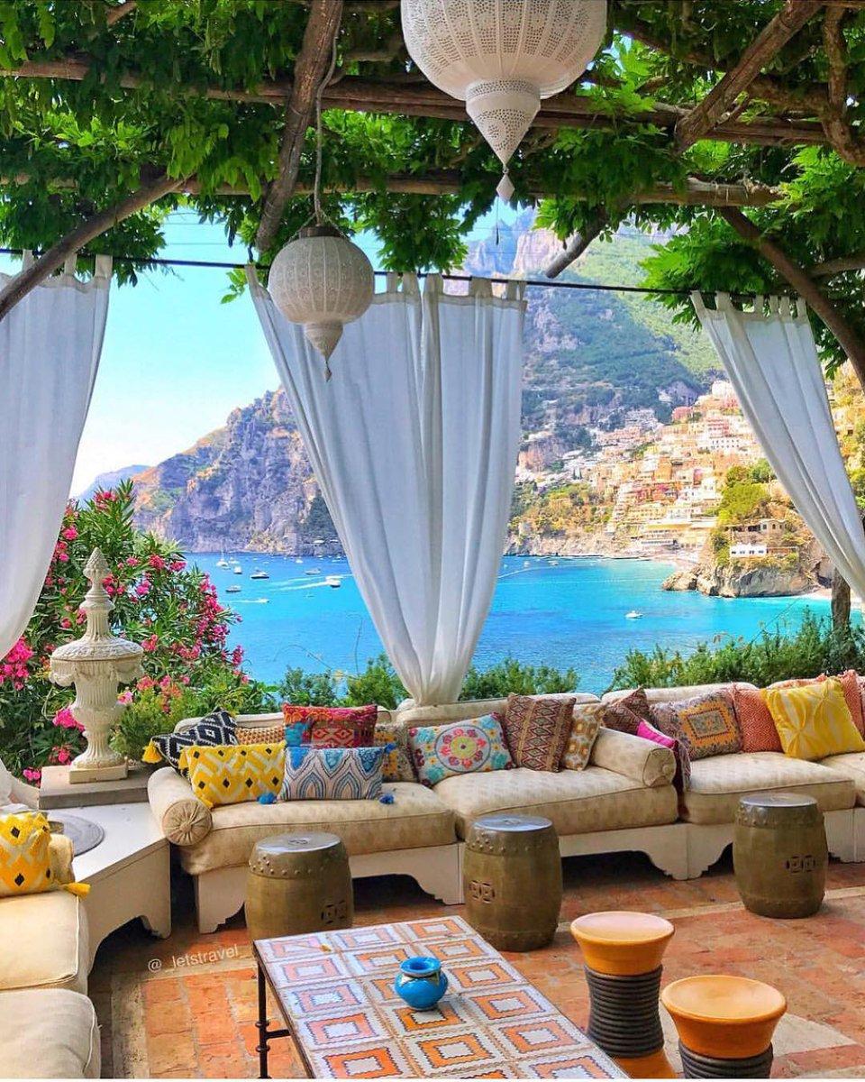 Costa Amalfitana, Italia Foto: http://instagram.com/_letstravel_#italy #italia #travel #viajar  - Ukustom