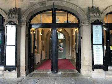 test Twitter Media - Open Call | Leeds Corn Exchange – Entrance Lobby Lighting Commission - https://t.co/K1s0IYslNF #ArtsMatterNI #ArtsNI #Artists https://t.co/CaiUVq6alB