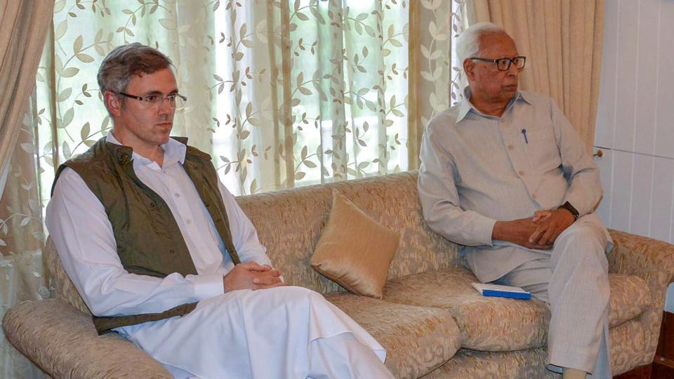 At all-party meet, J-K governor Vohra seeks cooperation to restore normalcy https://t.co/3jxo4f9ypa @mirehsankhaliq reports