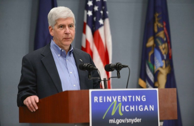Michigan governor signs Medicaid work requirements into law https://t.co/I4j8loeKLh