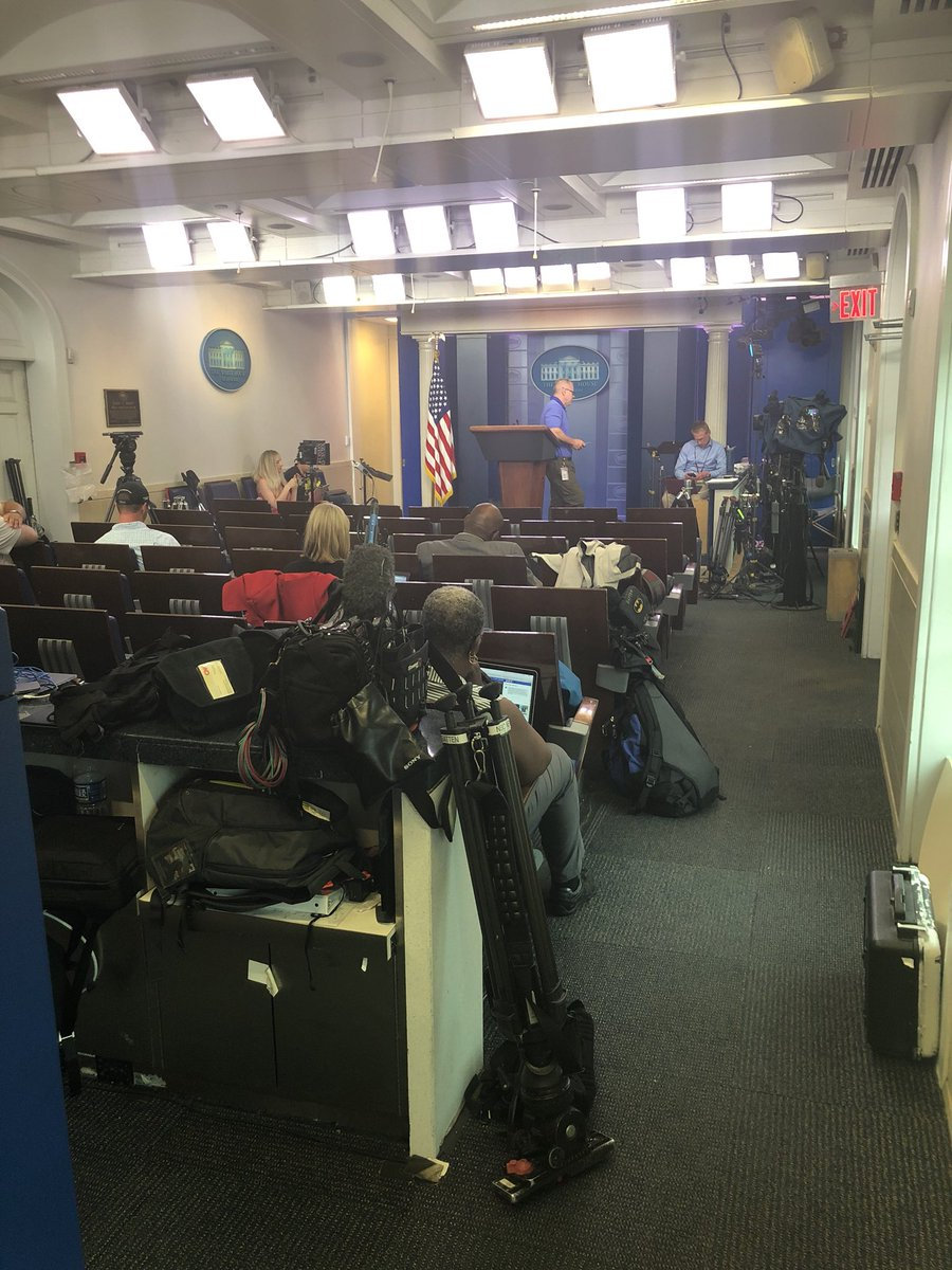 For the fourth straight day there was no WH briefing. No officials to explain how the admin plans to return the separated kids to their parents. This is how the briefing room looks.. a few reporters waiting for answers that aren't coming yet. #whereistheplan #whereispresssec