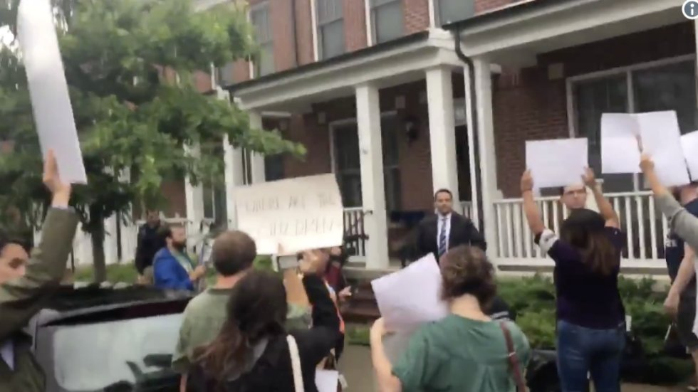 WATCH: Protesters blast sounds of crying children separated from their parents outside home of Trump DHS chief https://t.co/28JkQDDNor