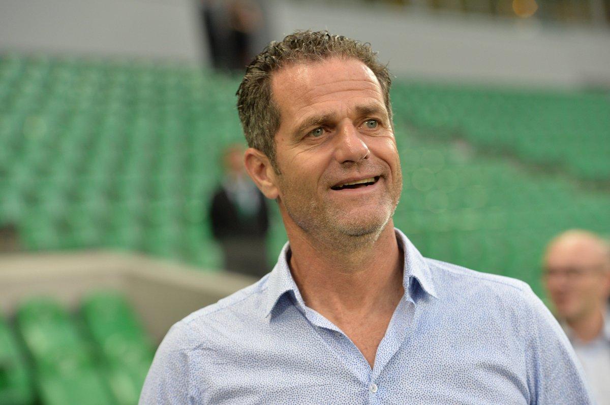 Le @GF38_Officiel a trouvé son coach 🔵⚪  Le promu en @DominosLigue2 a officialisé l'arrivée de Philippe Hinschberger en tant qu'entraîneur 📝➡ https://t.co/wmLJgdmqhC
