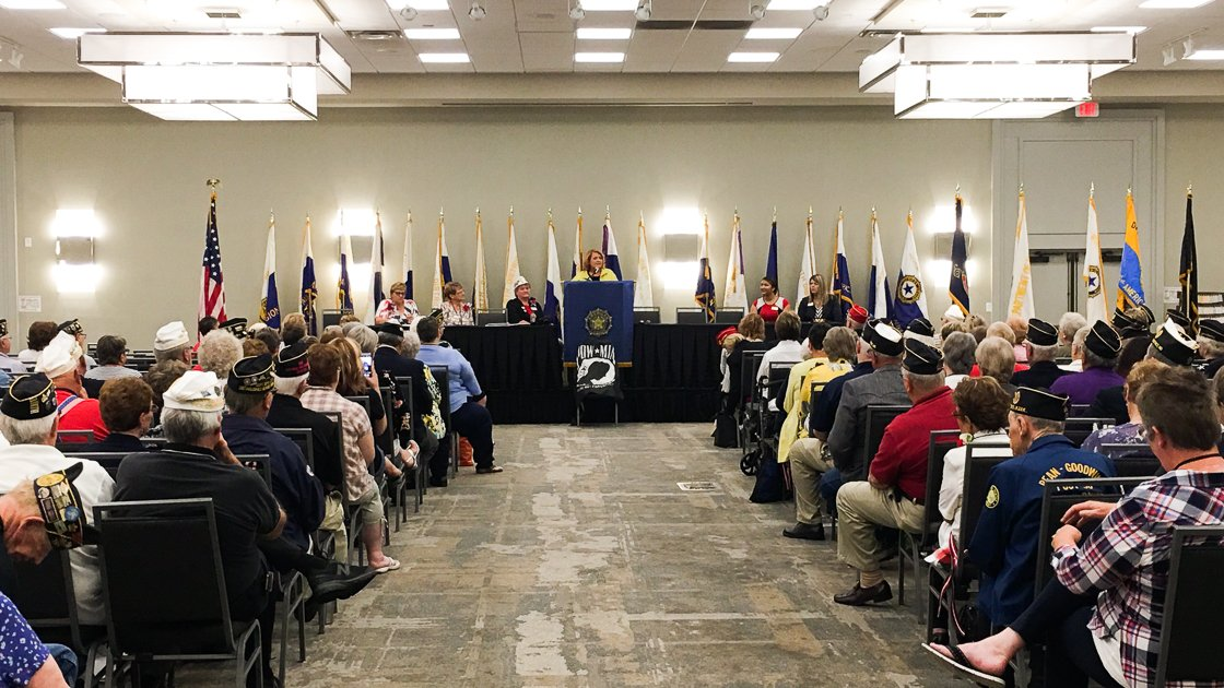 Proud to speak today at the @NDLegion 100th Annual Convention. For over 100 yrs, ND's Legionnaires have fought for veterans &amp; their families. Our state's veterans gave so much—we must return that debt by promoting health, economic security &amp; educational opportunities they deserve <br>http://pic.twitter.com/obbst8Omzn