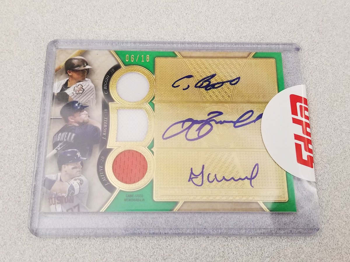 Autographs from Altuve, Bagwell and Biggio. On ONE card.     You know what to do. RT for your chance. #MLBCards