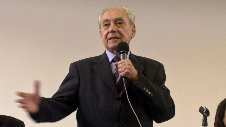 Morre o ex-governador da Bahia e ex-ministro da Defesa Waldir Pires https://t.co/VCaBsr2nXc
