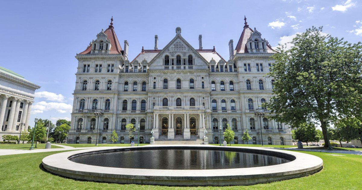 Albany lawmakers should pay for lackadaisacal session with 'summer school' https://t.co/D2EpVJv958