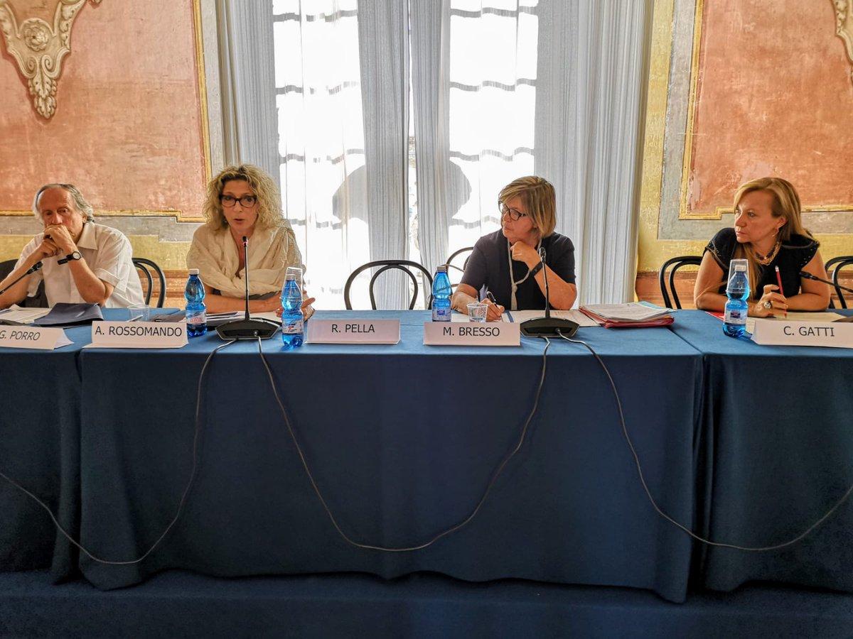 #22giugno alla 2^giornata di @expoelette al castello di #SanGiorgioCanavese ho moderato il confronto su #Europa con @mercedesbresso #parita #innovazione #progettieuropei  - Ukustom