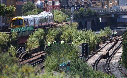 Tributes paid to 3 London graffiti artists killed by a train https://t.co/egxvRbsaO6 | #wmc5