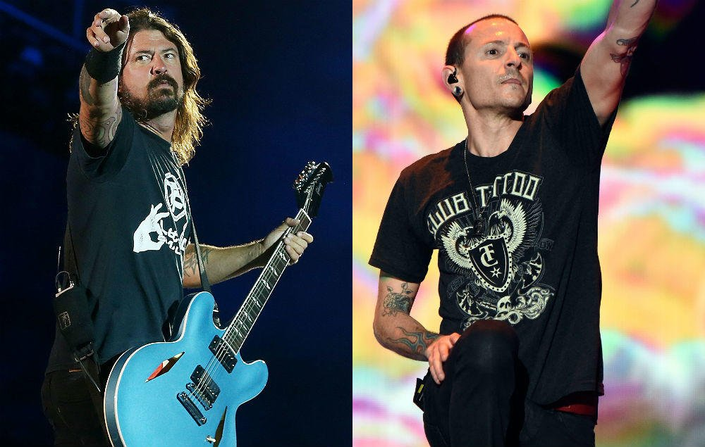 Dave Grohl gives emotional speech in honour of Chester Bennington https://t.co/y0GIYSaw0m https://t.co/w6cqyrhGDA