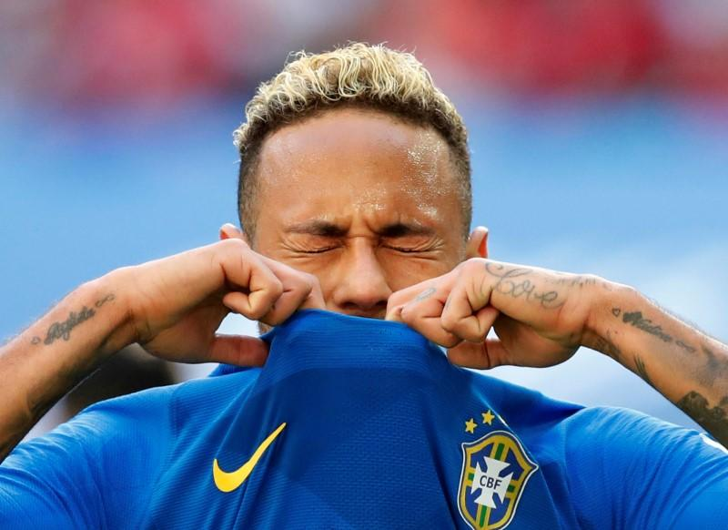 Neymar histrionics risk making him his own worst enemy https://t.co/Me84K3eTRP https://t.co/LuJldIMhb9