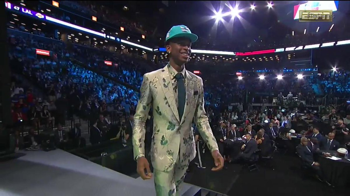 Best fashion moment from the 2018 #NBADraft? 📸 #TheStarters