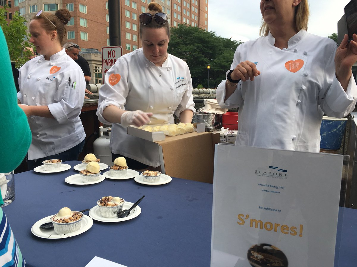 Thank you @seaportboston for hosting  #chefsinshorts, our 7th year as beneficiary!<br>http://pic.twitter.com/Z8LgXf8YHx