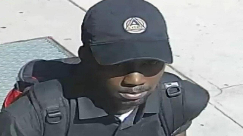 Woman punches suspect in groin, escapes attempted rape https://t.co/hVod6jGadM